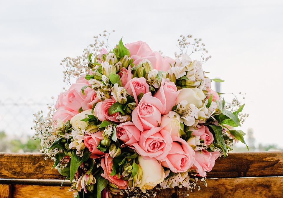 bouquet-2041844_960_720.jpg